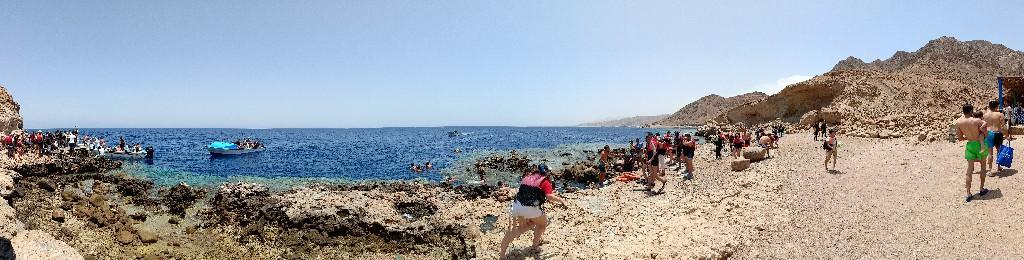 شاطئ البلو هول - دهب