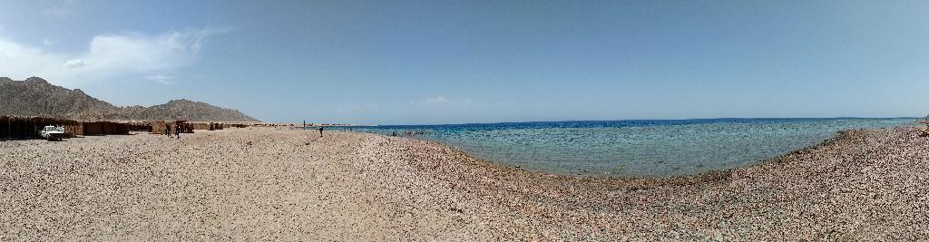 شاطئ وادي أبو جالوم - دهب